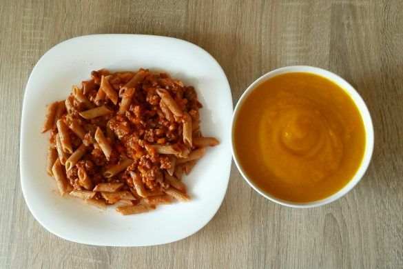 Ragú casero sin grasas añadidas con pasta de espelta