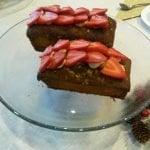 Plum Cake de Mijo sin gluten con avellanas y fresas frescas