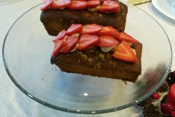 Plumcake de Mijo con avellanas y fresas frescas