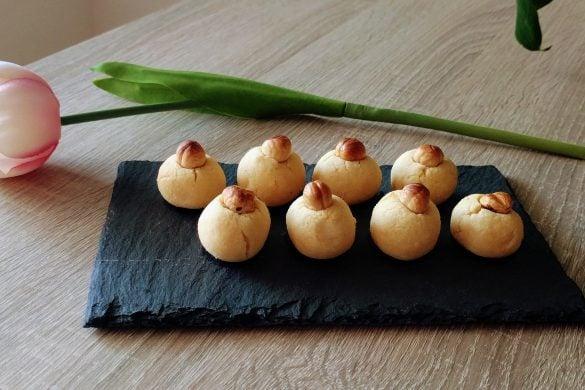 pastelitos de coco y avellana