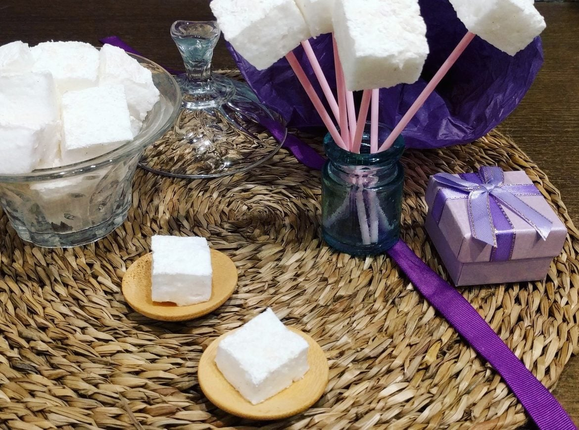 A sweet Valentaine's day gift: Homemade Sugar-free Marshmallow